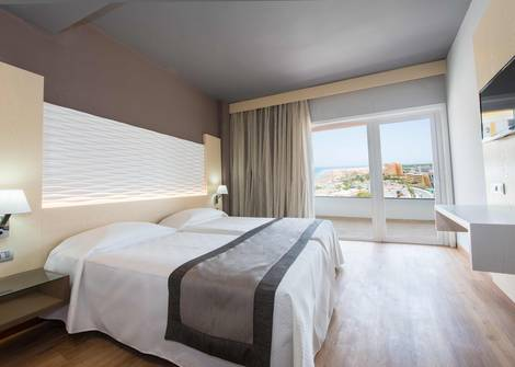 Doble Vista Mar Hotel HL Suitehotel Playa del Ingles**** en Gran Canaria